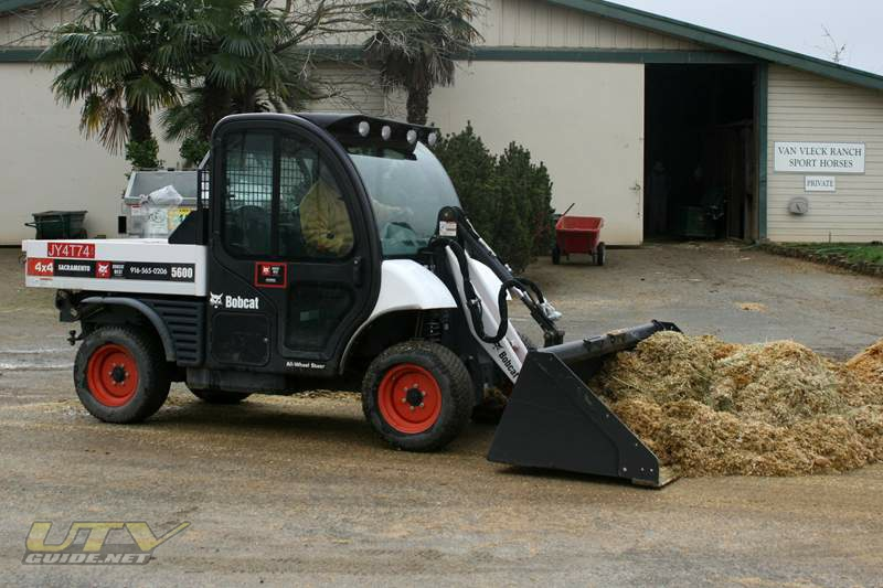 Murieta Equestrian Center Bobcat Toolcat 5600d 4x4