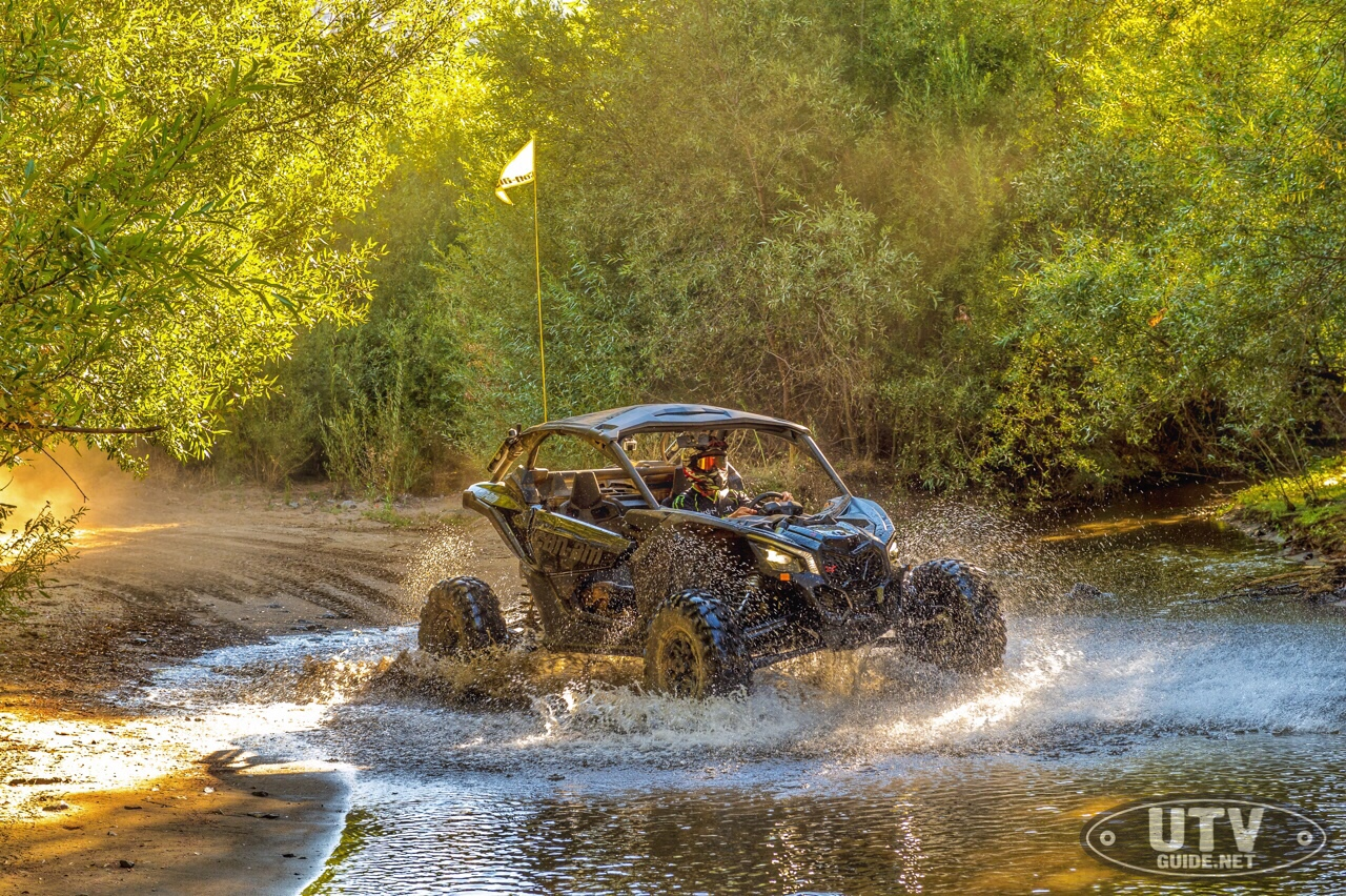 Triple Black Can-Am Maverick X3 X rs