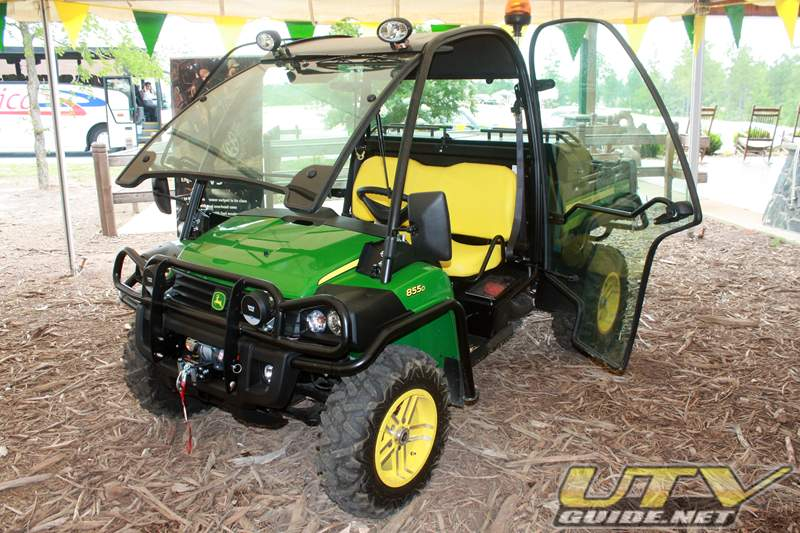john deer gator xuv 855d 4x4 diesel utv guide. Black Bedroom Furniture Sets. Home Design Ideas