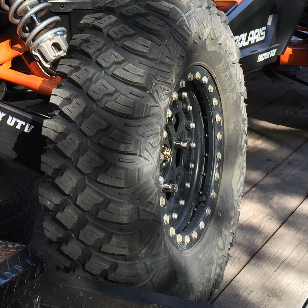 Moto Race Tire Crawler