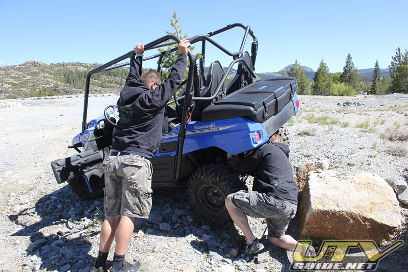 Adjusting ride-height on a Kawasaki Teryx4