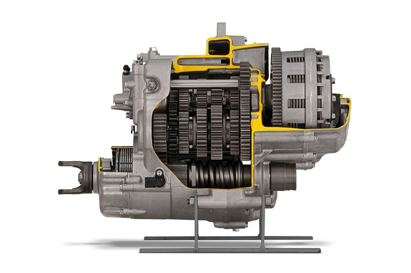 YXZ1000R 5-Speed Transmission