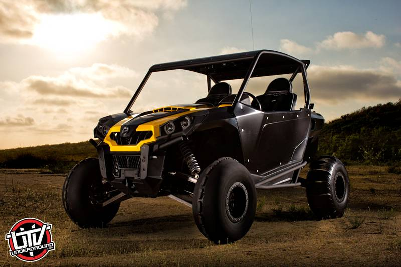 "Magnum Offroad's ""M.O.X"" Can-Am Commander"